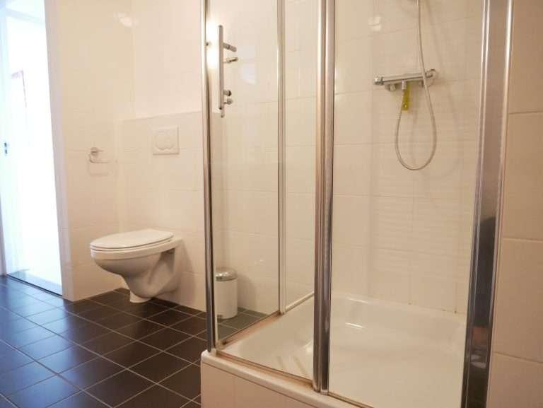 Appartement Het Strandleven 102 Groote Keeten - Badkamer
